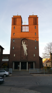 Probsteikirche St. Maria Friedenskönigin